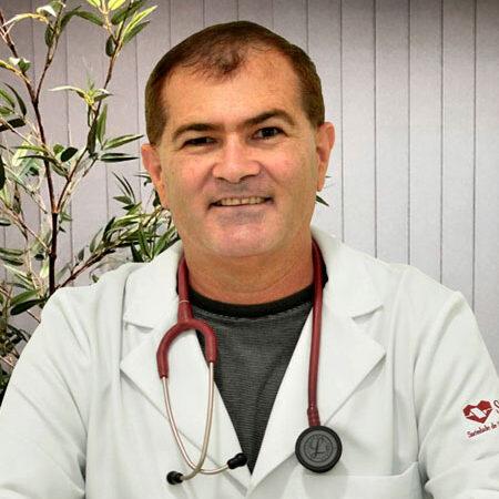 DR. AMILTOM VIANA